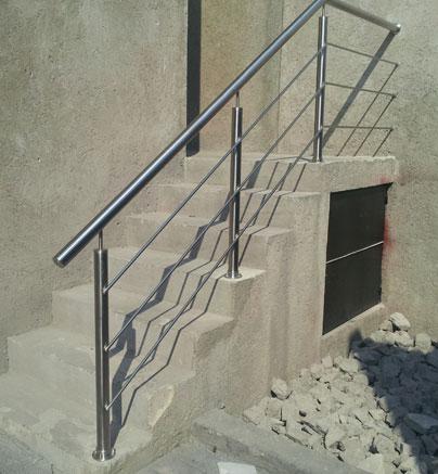 Barandal pasamanos en acero inoxidable con vidrio templado - Barandales modernos para escaleras ...